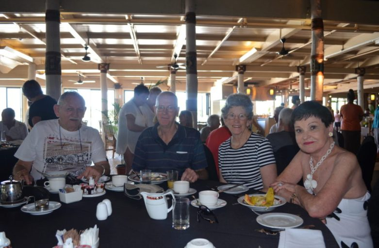 DSC 0271 - BILO BAR REUNION 2015 - Welcome Breakfast