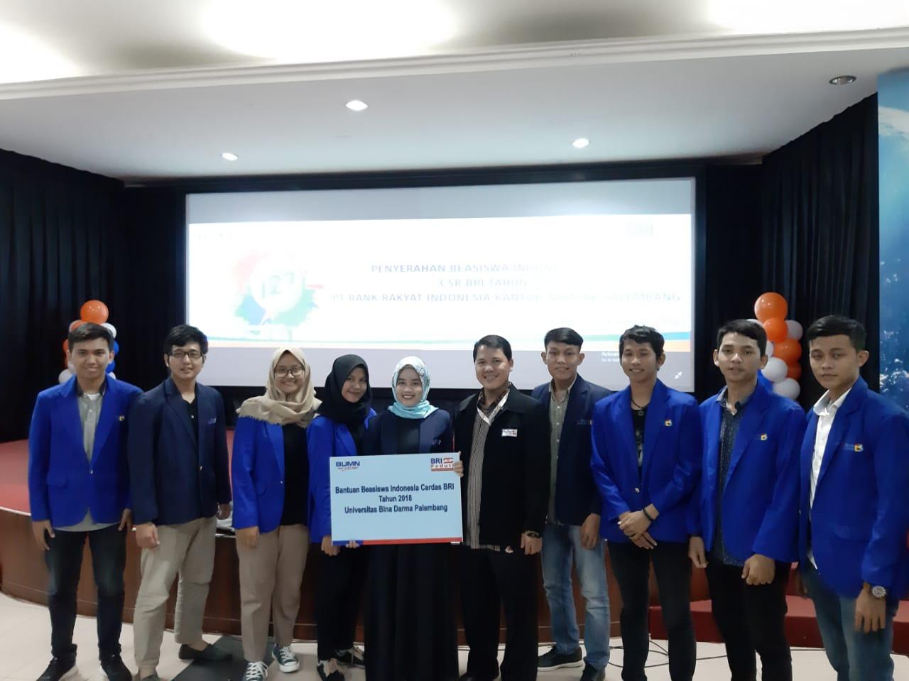 Mahasiswa Bina Darma mendapatkan Bantuan Beasiswa Cerdas BRI tahun 2018