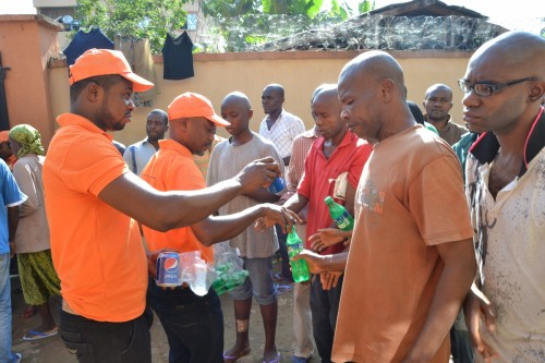 Bina Foundation shares drinks at the psychiatric home
