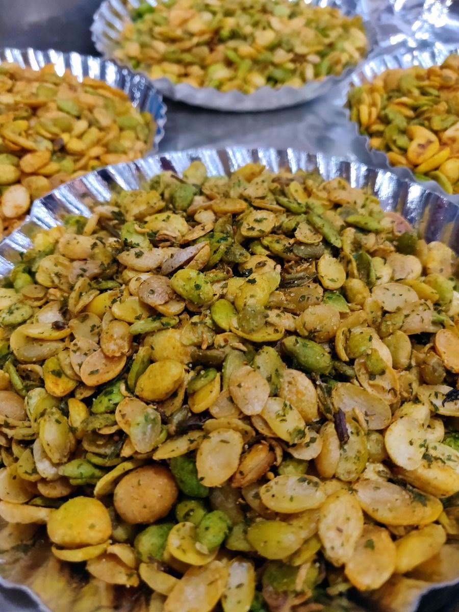 Fried snacks at Shree Vasavi Condiments