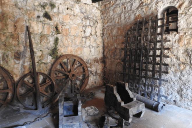 Exhibits at Castillo de San Felipe