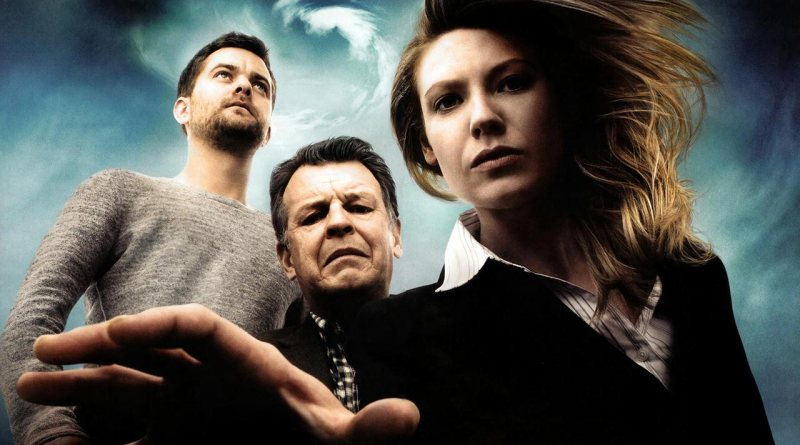 Peter Bishop, Walter Bishop and Special Agent Olivia Dunham from Fringe