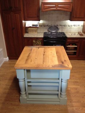 Reclaimed Oak Island top finished with Tung Oil.