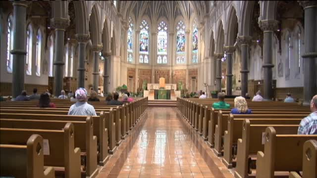 The State of Catholic Church_20150920223409-60044163
