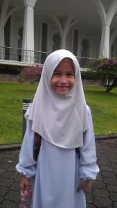 KakAndak starts school