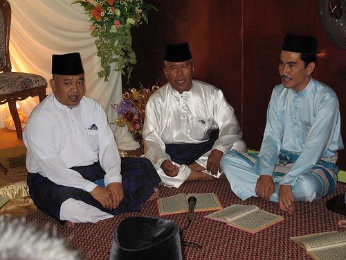 Recting Mawlid Barzanji