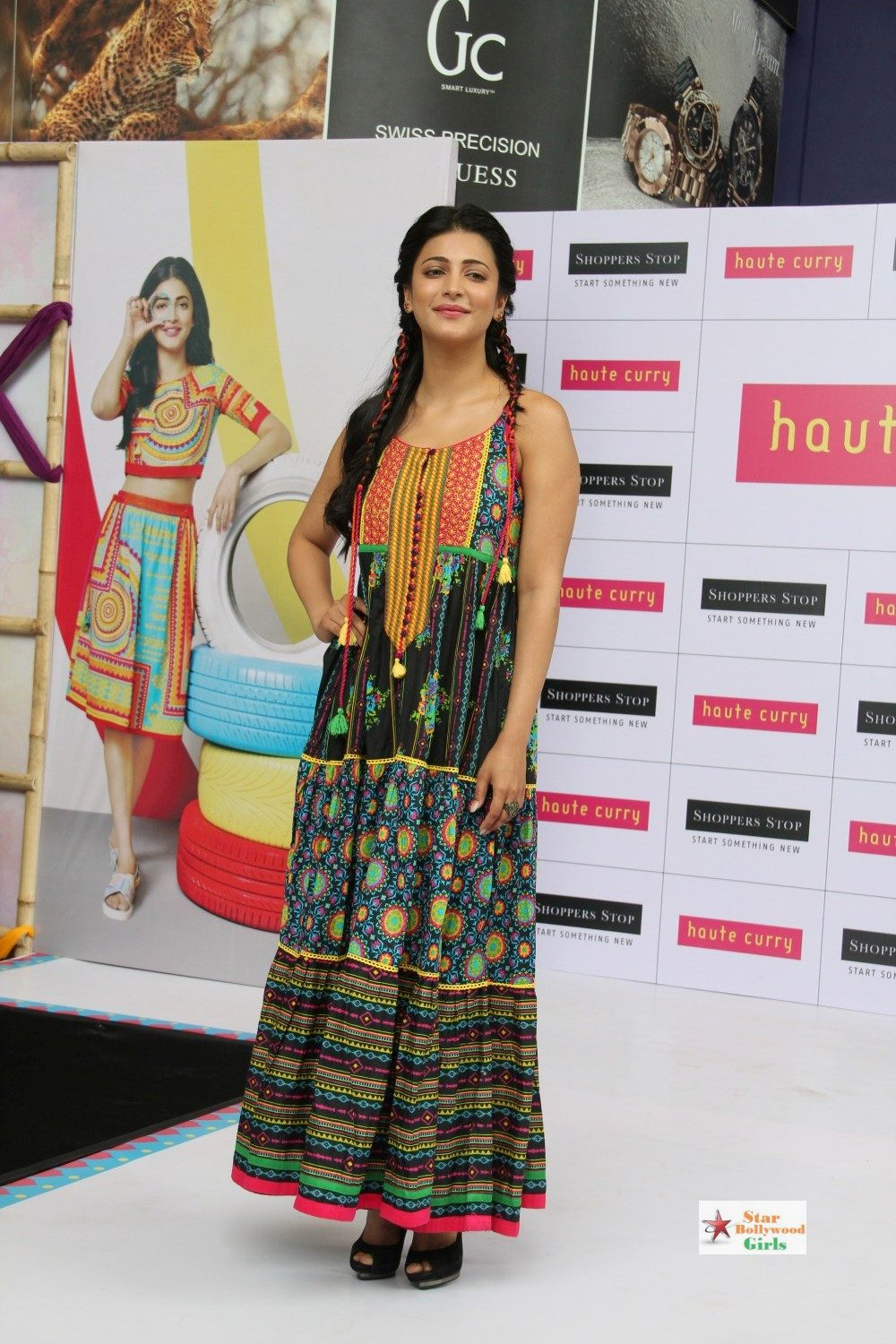 Shruthi-Hassan-at-Haute-Curry-Brand-Fashion-Show-Photos-3