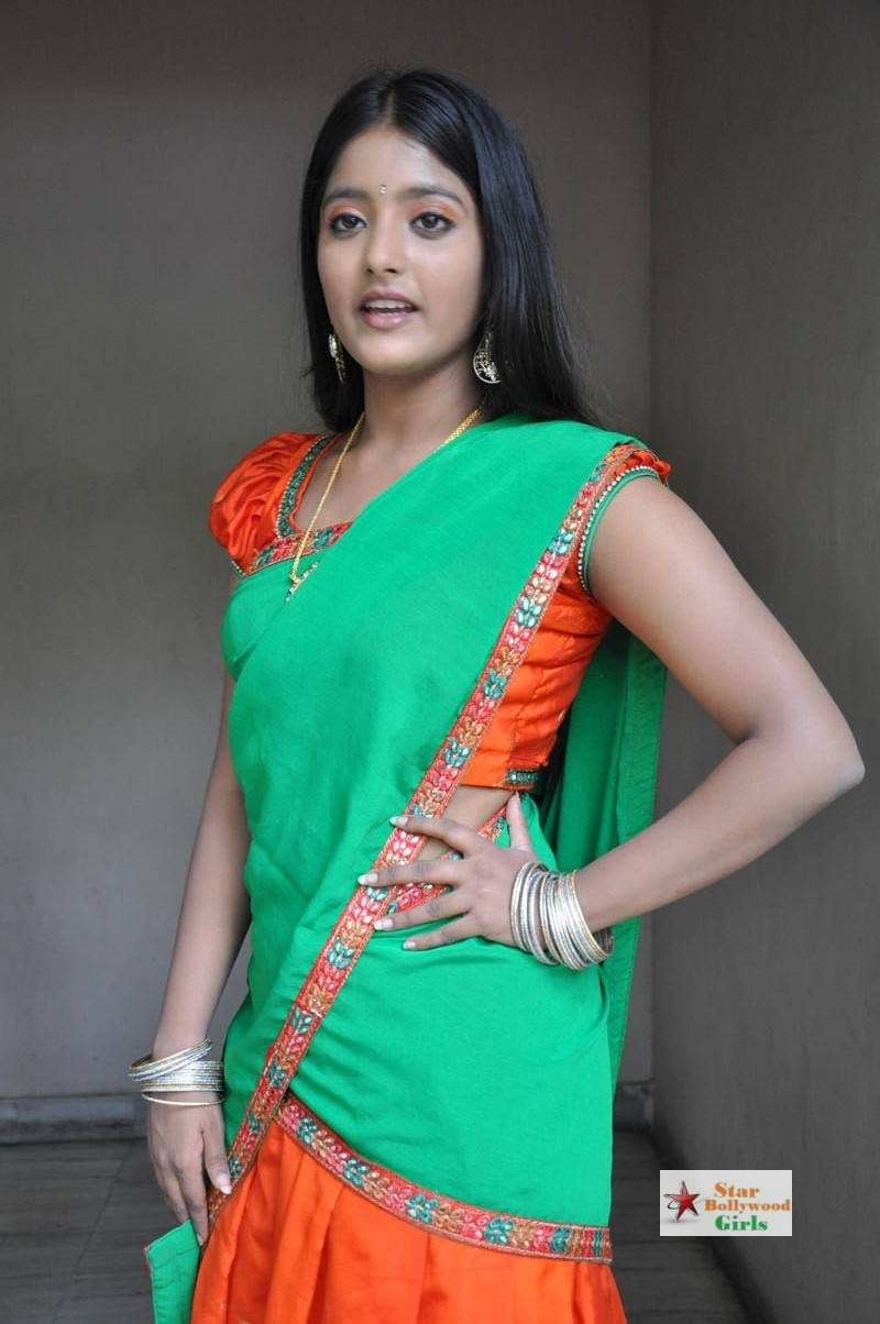 Ullka-Gupta-Stills-At-Andhra-Pori-Movie-Press-Meet-1