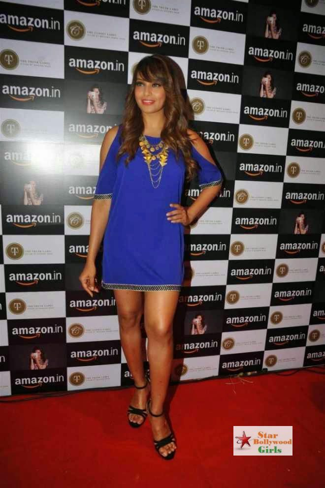 bipasha basu latest stills at amazon.in event4