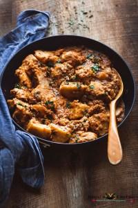 Dum Arbi (Colocasia Curry)