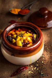 Keri Ni Katki (Sweet Mango Pickle)