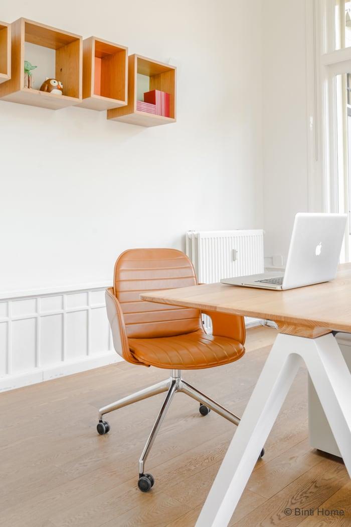 Interieurontwerp kantoorinrichting Inzicht Communicatie Amsterdam Flux chair Arco ©BintiHome studio