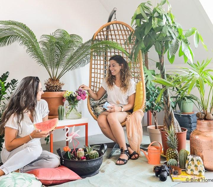 Hangstoel rotan Naokies en Binti Home Tropicool zomer thema met Urban Jungle Bloggers ©BintiHome