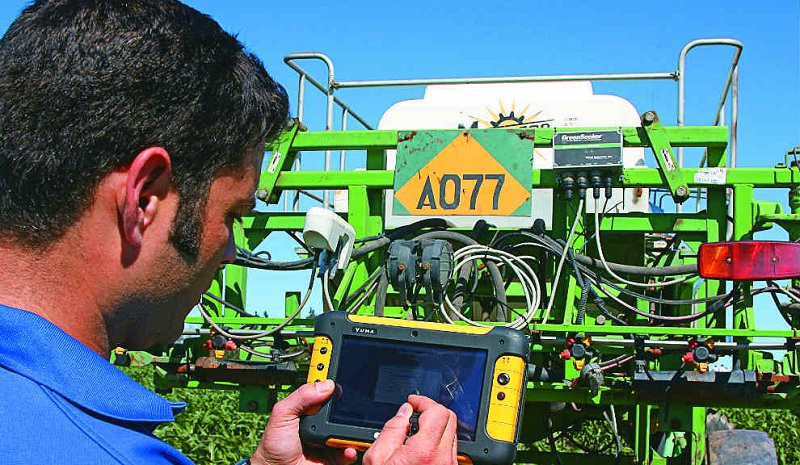 Universidad Zamorano y el IICA impulsarán juntos acciones en investigación y digitalización agropecuaria y producción de café