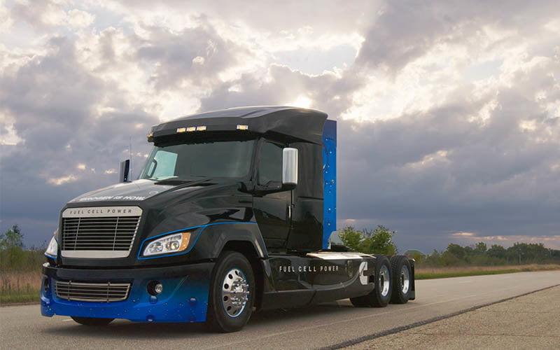 Cummins presenta un camión de hidrógeno con potencia y autonomía escalables