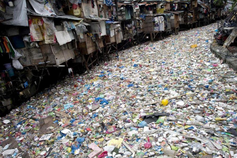 plastic-pollution-manila