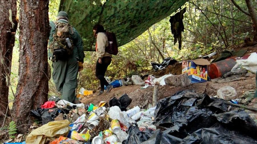camping-plastic-wastes