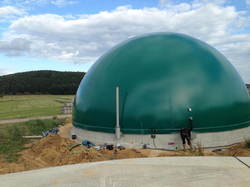 Zdjęcie dachu do biogazowni, zielona kopuła