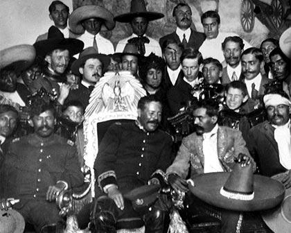 Fotografías Que Hacen Historia Pancho Villa Y La Revolución