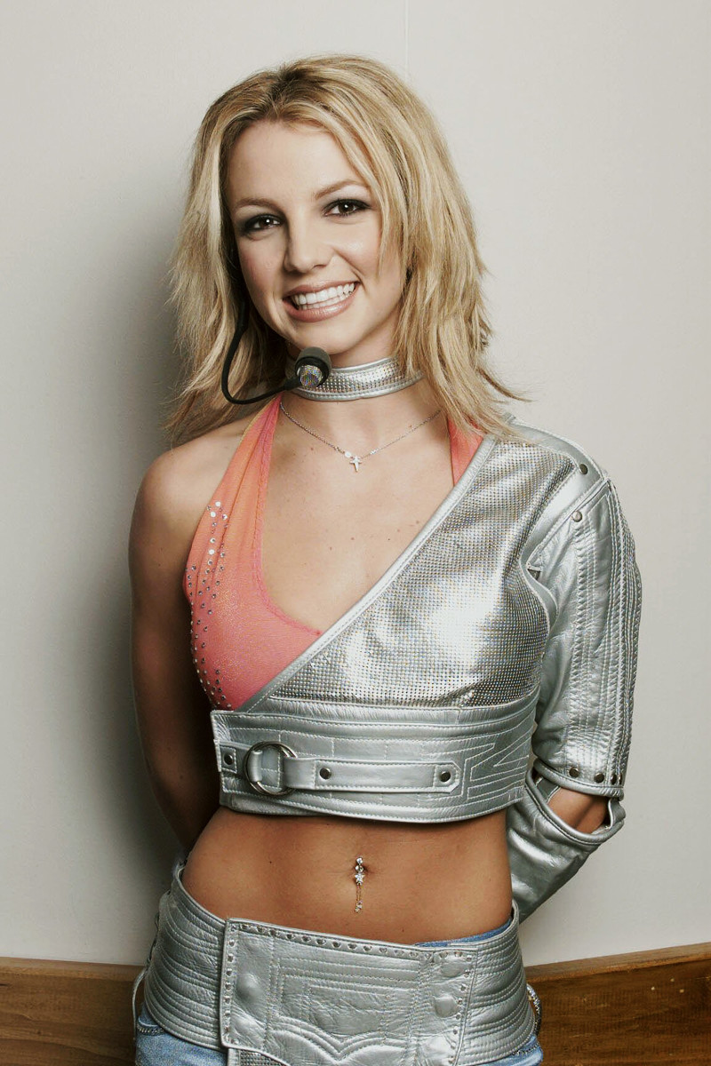 Britney Spears Leather Wallpaper
