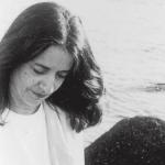 Ελένη Καραΐνδρου: η αρμονία της φύσης ως πηγή έμπνευσης