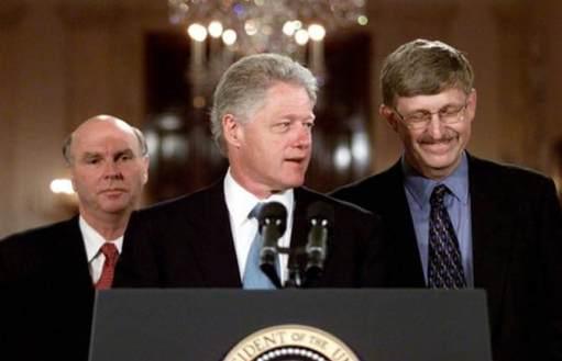 4)2000年6月美國總統柯林頓與兩位世界知名的基因體研究計劃主導者在美國白宮的記者會上發表人類基因體定序完成