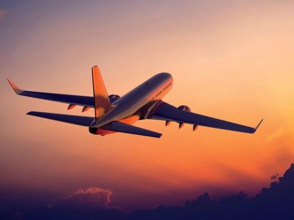How to survive long-haul flights? | Jak przetrwać długi lot samolotem?