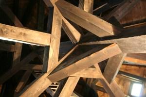 Réaliser la charpente en bois d'un garage