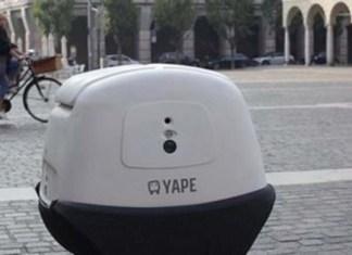 Yape, a Cremona la prima consegna del robot postino