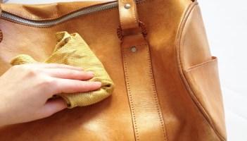cara menyemir tas kulit