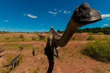 How dinosaurs spread across the globe