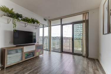 105TheQueensway#316_005