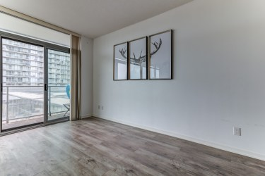 105TheQueensway#316_006