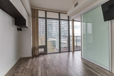 105TheQueensway#316_012