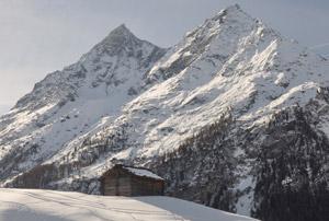 Randonnée à Bréona dans la neige vue sur les veisivi