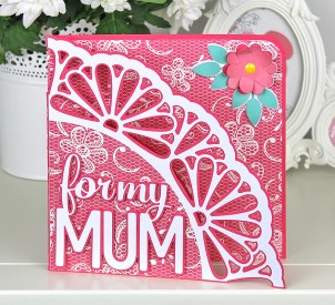 Mum-Doily-Edge-Card