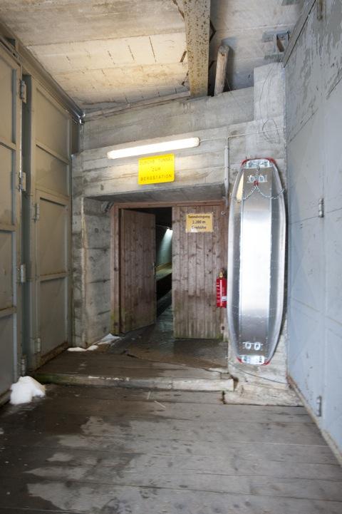 Bild: Im Tunnel zum Dammkar an der Westlichen Karwendelspitze. NIKON D700 mit CARL ZEISS Distagon T* 3,5/18 ZF.2 ¦¦ ISO2000 ¦ f/11 ¦ 1/30 s ¦ FX 18 mm.