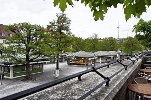 Bild: Blick vom Petersplatz auf den Viktualienmarkt. NIKON D700 mit CARL ZEISS Distagon T* 2,8/25 ZF ¦¦ ISO200 ¦ f/8 ¦ 1/160 s ¦ FX 25 mm.