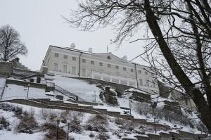 Bild: Das Rohbild vom Steenbocki Maja in Tallinn vom Februar 2013. NIKON D700 mit CARL ZEISS Distagon T* 1.4/35 ZF.2. ISO200 1/80s f/11 35mm.