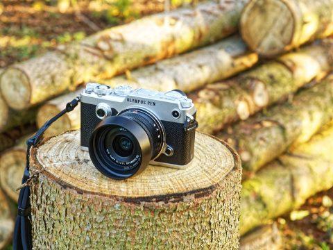 Bild: Die kompakte spiegellose Systemkamera OLYMPUS PEN-F. Die freie Natur ist nicht unbedingt das bevorzugte Revier dieser Kamera.