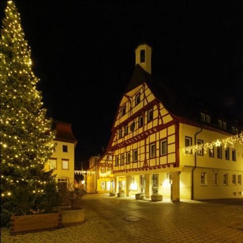 Bild: Blaubeuren Altstadt. Das Bürgermeisteramt in der Altstadt von Blaubeuren. Klicken Sie auf das Bild um es zu vergrößern.