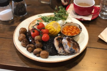 Orientee Bakery - Full English