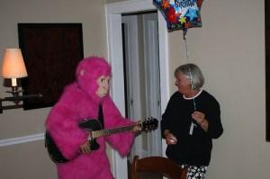 Monkey sings Happy Birthday Song