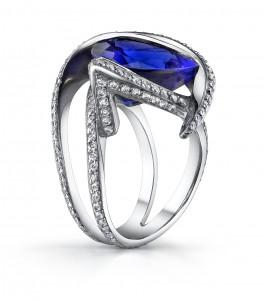 Tanzanite_Ring