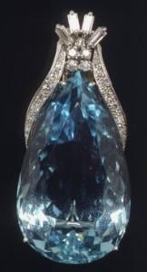 March_Meaning_Aquamarine_platinum_diamond