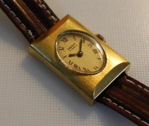 1971 Smiths ladies lozenge shaped watch