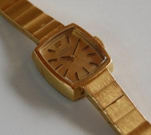 c1975 Girard Perregaux ladies bracelet watch