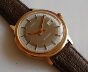 1977 Timex two tone dial