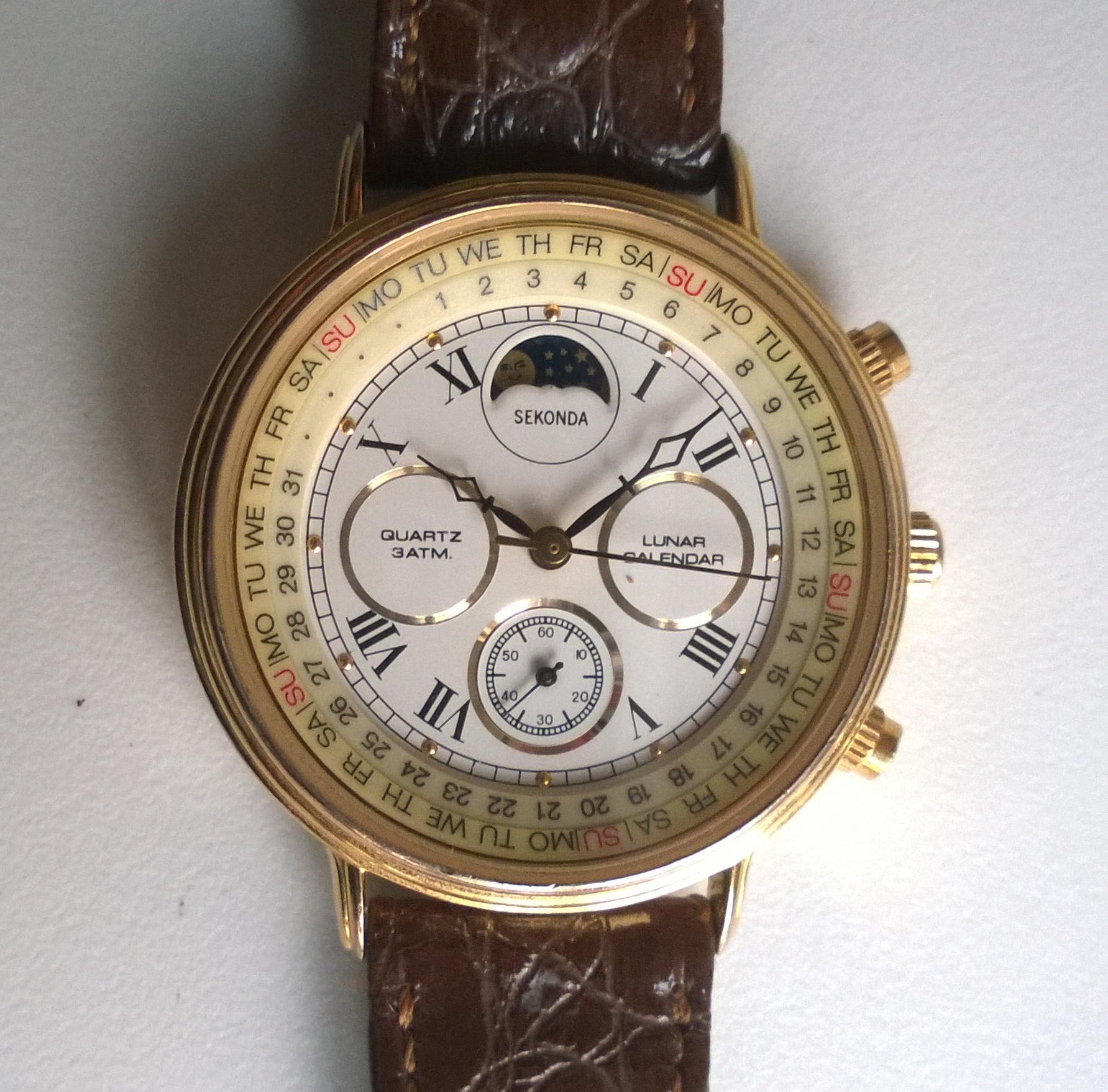 Sold 1989 sekonda lunar calendar watch birth year watches for Calendar watches