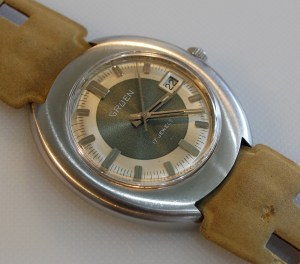 c1975 Gruen automatic watch with calendar